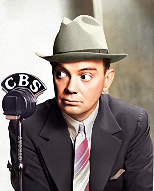 cliff edwards at the cbs radio microphone